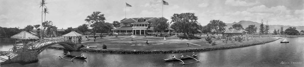 Panoramic image of Haleiwa Hotel in 1902, by Melvin Vaniman