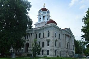 Hancock County Courthouse in Carthage