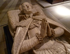 Copy of Mary's effigy. The original, by Cornelius Cure, is in Westminster Abbey.