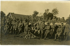 10th Battery, 3rd Battalion, 17th Reserve Artillery, 17th Reserve Division (Germany) C. 1917.  This battery was issued these 1898-09 Light Field Howitzers in late March 1917.