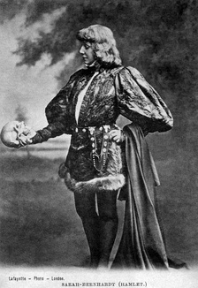 Sarah Bernhardt as Hamlet, in 1899