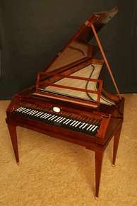 Early piano replica by the modern builder Paul McNulty, after Walter & Sohn, 1805