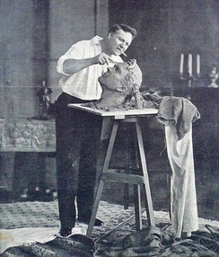 Chaliapin creating his self-portrait in 1912