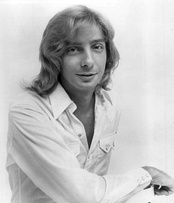 Manilow in a 1975 publicity photo