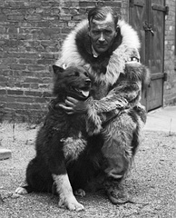Gunnar Kaasen and Balto, the lead dog on the last relay team of the 1925 serum run to Nome