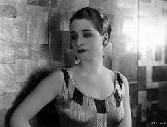 Shearer in Slave to Fashion, 1925