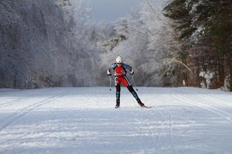A skate-skier in Gatineau Park, Quebec, a North American groomed-trail ski venue.