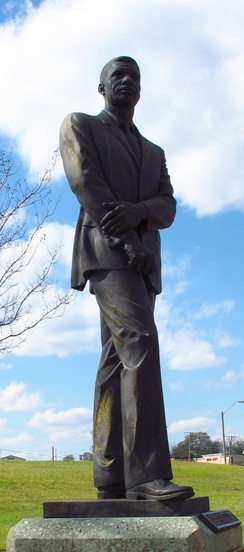 Statue of Evers at the Medgar Evers Boulevard Library in Jackson, Mississippi