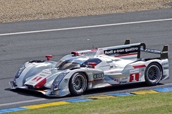 Audi R18 e-tron quattro (Overall & LMP1 class winner, 2012 24 Hours of Le Mans).