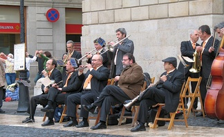 """Cobla Baix Llobregat"" playing in front of the Palau de la Generalitat in Barcelona"