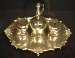 The Syng inkstand was used during the signing of the Declaration and the 1787 signing of the U.S. Constitution