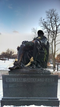 A recently garlanded statue of William Shakespeare in Lincoln Park, Chicago, typical of many created in the 19th and early 20th centuries