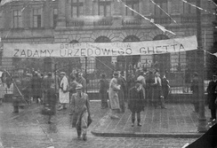 Demonstration of Polish students demanding implementation of ghetto benches at Lwów Polytechnic in 1930s.