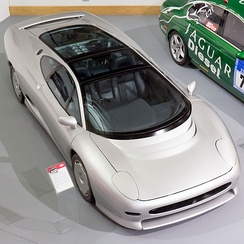 Jaguar XJ220 concept car featuring the V12 engine at the British Motor Museum, Gaydon