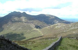The Mourne Wall, looking towards Hare's Gap