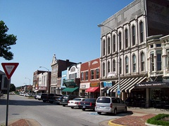 Many Kentucky cities have historic areas near downtown, such as this example in Bowling Green.