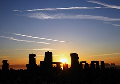 Sunrise at Stonehenge on the summer solstice, 21 June 2005