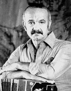 Piazzolla with his bandoneon, 1971