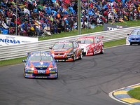 Cars on track during the 2005 Bathurst 1000.