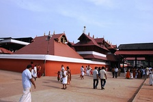 The East Nada gate of Guruvayur Temple