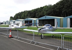 Hangars for light aircraft and helicopters