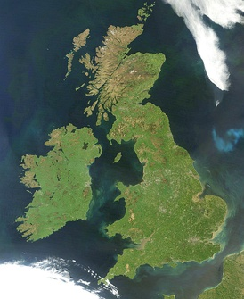 Ireland (left) and Great Britain (right), are large islands of north-west Europe