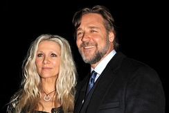 Crowe with Danielle Spencer in September 2011