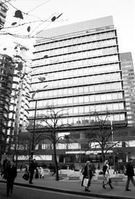 The 1969 building at 122 Leadenhall Street in a black and white photograph taken in 2007