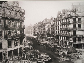 The rue de Rivoli in Paris after the defeat of the Commune (May 1871)