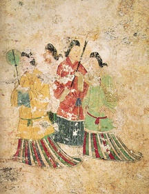 Japanese women's dress under Goguryeo influence with a distinctive overlapping collar and mo skirt.[5]  (Takamatsu Tomb, 7th century)