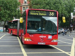 An Arriva London Mercedes-Benz Citaro G on London Buses route 38, demonstrating bending