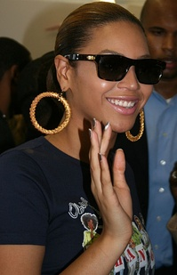 Beyoncé Knowles (pictured) and Shakira recorded their respective parts in separate studios in 2007, they just met to record the music video.