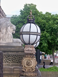 A decorative outdoor lamp at Leeds Town Hall.