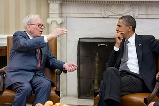 Buffett meets with President Barack Obama at the White House in July 2011