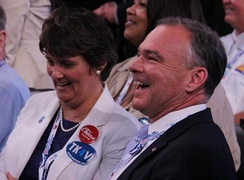 Kaine with his wife Anne at the 2012 Democratic National Convention