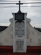 Spanish-era (1856) memorial upon the Bridge of Isabel II. An American era historical marker by the PHRMC was added in 1939 and was placed below the cross. A commemorative plaque was added during the term of Mayor Ayong Maliksi (1988-1998).
