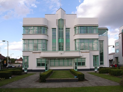 The Hoover Building canteen in Perivale in the London suburbs, by Wallis, Gilbert and Partners (1938)