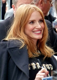 Jessica Chastain interacts with fans