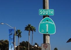 SR 1 sign in Laguna Beach in Orange County. Before 1964, this segment of the Pacific Coast Highway was previously signed as SR 3 and then US 101 Alt.
