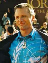 Mortensen at the premiere of The Lord of the Rings: The Return of the King, December 1, 2003.