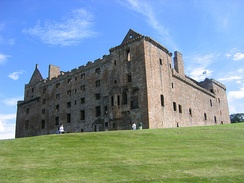 North and west faces of Linlithgow Palace