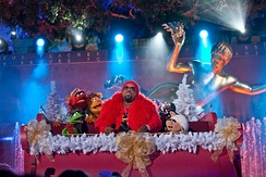 CeeLo Green performing with the Muppets at the Rockefeller Center Christmas Tree Lighting, 2012