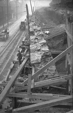 Replacement of retaining wall of B&O in Hazelwood, Pittsburgh, 1906