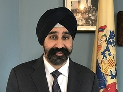 Ravinder Bhalla, elected the first turban-wearing Sikh U.S. mayor, of Hoboken, New Jersey