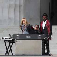 will.i.am with Sheryl Crow and Herbie Hancock performing We Are One: The Obama Inaugural Celebration at the Lincoln Memorial concert