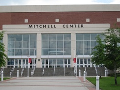 Entrance to the Mitchell Center at the University of South Alabama.