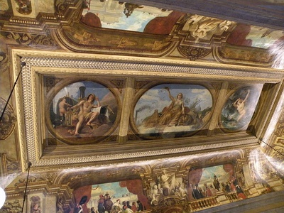 The ceiling of the Salle des pas perdus, showing Vernet's Genius of Steam, Peace distributes her benefits, and Steam chasing the gods of the Sea