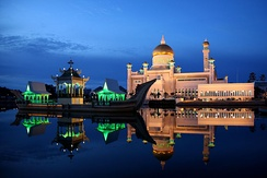 Sultan Omar Ali Saifuddin Mosque in Brunei, an Islamic country with Sharia rule.