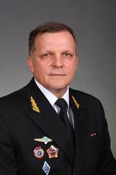 Один из двух первых кавалеров ордена Мужества Валерий Остапчук