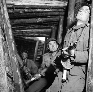 Finnish soldiers 1944.jpg